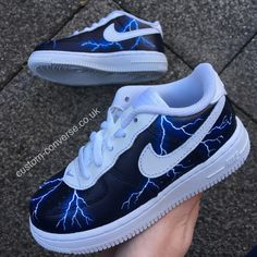 Nike Air Force 1 trainers hand painted with a pearlescent electric blue custom Lightning Storm design wrapping around the whole shoe. Nike Boots, White Nike Shoes, Nike Air Shoes, On Shoes, Me Too Shoes, Custom Painted Shoes, Custom Shoes, Custom Converse, Custom Af1