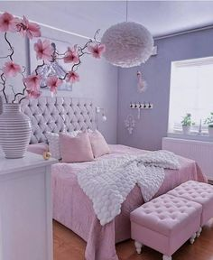 35 Amazingly Pretty Shabby Chic Bedroom Design and Decor Ideas - The Trending House Pink Bedroom Design, Gold Bedroom Decor, Bedroom Decor For Teen Girls, Cute Bedroom Ideas, Girl Bedroom Designs, Room Ideas Bedroom, Home Room Design, Girl Bedrooms, Bad Room Ideas