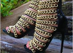 73.65$  Buy now - http://ali4j0.worldwells.pw/go.php?t=32790443353 - British Rome Branded Fashion Gold Chain New Arrival Hot Selling Super High Heels Gladiator Style Women Sexy Women Dress Sandals 73.65$