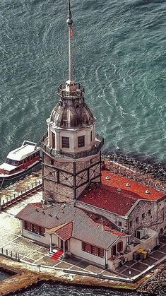 Maiden's Tower✨Istanbul✨Turkiye – 2020 World Travel Populler Travel Country World's Most Beautiful, Beautiful Places, Visit Turkey, Istanbul City, Hagia Sophia, Turkey Travel, Places Around The World, Empire State Building, Karting