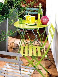 Sillas verdes para terraza hermoso rincón para desayunar un domingo