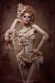 Corsets - Corsagen - Ophelia Overdose - Model Designer Performer