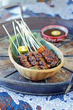 (Blood Cockle/Clam Satay) Sate Kerang Sidoarjo - indonesian food