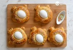 Old Fashioned Sweets, Eggs, Traditional, Breakfast, Recipes, Shape, Sweet Desserts, Edible Paint, Food Coloring