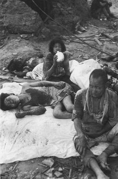 Survivors of Nagasaki by  Unknown Artist, photo, black and white, NEVER FORGET, horror, atombombe, atomic bomb