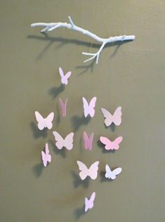 Bastelideen aus Papier - Blumen, Girlanden und Türkränze Butterfly Mobile (with tutorial!)Butterfly Mobile (with tutorial! Kids Crafts, Diy And Crafts, Arts And Crafts, Diy Paper Crafts, Kids Diy, Baby Crafts, Cute Crafts, Papier Diy, Diy Y Manualidades