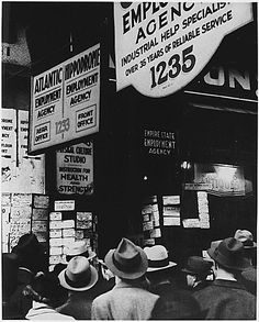 Great Depression Picture: A Group of People at an Employment Agency
