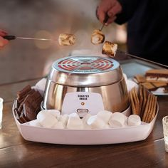 indoor smores Do It Yourself Electric Smores Maker FAO Schwarz Cooking Appliances, Cooking Gadgets, Small Kitchen Appliances, Cooking Tools, Kitchen Items, Cool Kitchen Gadgets, Home Gadgets, Cool Kitchens, Cozinha Do Mickey Mouse