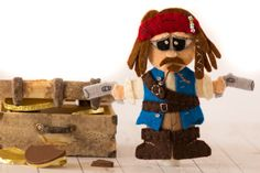 Cute pirate finger puppets for you to DIY.  Great home made gift idea.