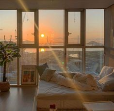 Dream Rooms, Dream Bedroom, Pretty Room, Aesthetic Room Decor, Dream Apartment, My New Room, House Rooms, My Dream Home, Dream Life