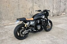 Yamaha XJR Cafe Racer by espiat.com #motorcycles #caferacer #motos | caferacerpasion.com