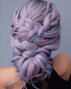 Pin: -raffacrocker- You are in the right place about mermaid hair ends Here we offer you the most be Beautiful Hair Color, Cool Hair Color, Hair Colors, Purple Hair, Ombre Hair, Purple Dye, Shot Hair Styles, Long Hair Styles, Mermaid Hair