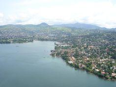 首都フリータウン Freetown-aerialview ◆シエラレオネ - Wikipedia https://ja.wikipedia.org/wiki/%E3%82%B7%E3%82%A8%E3%83%A9%E3%83%AC%E3%82%AA%E3%83%8D #Sierra_Leone