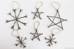 Rustic Twig Ornaments - Christmas ornaments that are super easy to make!