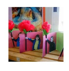 Mother's Day Crafts For Kids - Mabel + Moxie Mothers Day Cards, Happy Mothers, Diy For Kids, Crafts For Kids, Cadeau Parents, Mother's Day Projects, Dad Day, Classroom Crafts, Classroom Ideas