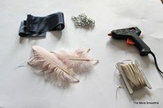 Fashion feathers DIY necklace! www.themorasmoothie.com