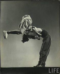 Leon James and Willamae Ricker, Life