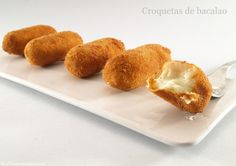 Croquetas de bacalao - MisThermorecetas.com Food N, Food And Drink, Brazilian Dishes, Latin Food, Catering, Food To Make, Yummy Food, Favorite Recipes, Breakfast