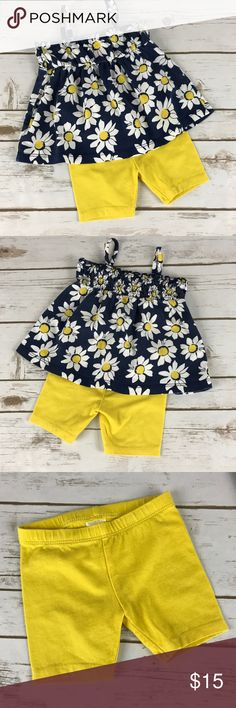 Healthtex Shorts and Top Outfit size 12 months Blue top with white and daisies and yellow shorts. In great condition. healthtex Matching Sets
