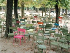 Jardin du Luxembourg, Fermob chairs
