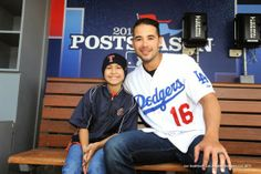 Andre Ethier spent the day at Dodger Stadium yesterday with 10 year old Emily.  The above pic via Jon SooHoo/LA Dodgers 2013.