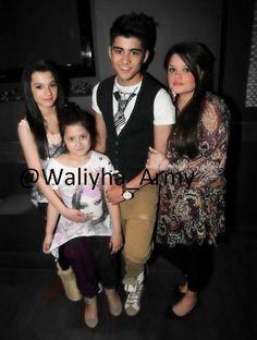Waliyha,Safaa,Zayn and Doniya.<<< could this family get any prettier.