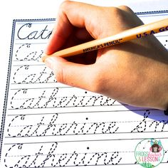 Name Writing Practice. A blog post with a great solution for a problem many of us have! How do you create Name Writing Practice sheets for each of your students in just a few minutes?