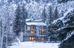 Potato Patch Club Townhome #27 in Vail, CO with an expansive 2,934 SF with view of Vail Mountain throughout. 3 bdrm/4bath, master suite, 1 car garage. #vailliving #vailrealestate #vailproperties