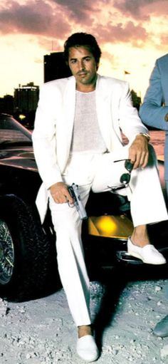 Don Johnson aka. Sony Crockett, wearing Espadrilles in Miami Vice, 80´s
