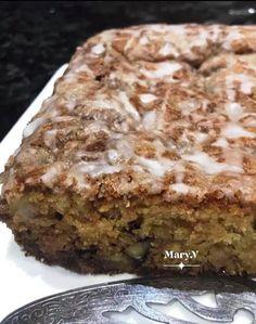 μηλο κανελα Greek Sweets, Greek Desserts, Greek Recipes, Apple Cake Recipes, Dessert Recipes, Apple Deserts, Crazy Cakes, English Food, Food Decoration