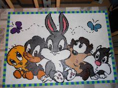 les 5 bébés looney tunes dans l'ordre titi daffy duck bugs bunny taz et sylvestre