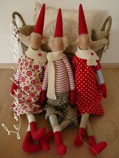 Easter Garden, Christmas Crafts, Christmas Ornaments, Christmas Sewing, Scandi Style, Hobbies And Crafts, Sewing Hacks, Gnomes, Elves