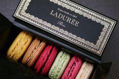 Macarons #macarons #delicious #laduree #regalisfiziosi #gourmanderie