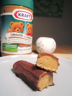 Oh wow - a homemade Wunderbar recipe! I am going to make these as squares instead of trying to make my own chocolate candy bars. But I like Wunderbars and I can't wait to see how this recipe turns out. No Bake Treats, No Bake Desserts, Delicious Desserts, Dessert Recipes, Yummy Food, Candy Recipes, Yummy Yummy, Easy Desserts, Peanut Butter Logs Recipe