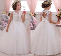 I found some amazing stuff, open it to learn more! Don't wait:http://m.dhgate.com/product/2014-wedding-dresses-ssj-crew-neck-aline/208894027.html