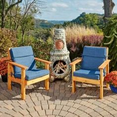 These patio chairs are hard to beat for comfort, economy and ease of building. Find out how you can build these perfect patio chairs yourself. Patio Diy, Patio Bench, Patio Seating, Cedar Bench, Wood Patio, Patio Table, Outdoor Chair Cushions, Outdoor Chairs, Adirondack Chairs