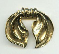 Vtg 1980s Patricia Delorme Paris BOW Gold Tone Gilded Metal Haute Couture 3D Pin #PatriciaDelormeParis