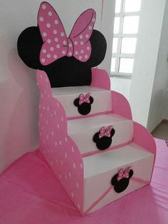 How to Make Candy Ladder for Children& Party Step by Step - Journi - Minnie Mouse Birthday Decorations, Minnie Mouse Theme Party, Minnie Mouse 1st Birthday, Minnie Mouse Baby Shower, Mickey Minnie Mouse, Mouse Parties, Baby Birthday, Birthday Ideas, Minne