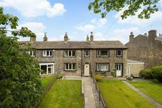 Simon Blyth Estate Agents - Huddersfield present this 2 bedroom cottage in Cowlersley Lane, Cowlersley, Huddersfield, Central Heating Radiators, Timber Panelling, Chimney Breast, Astro Turf, Double Glazed Window, Ceiling Beams, Reception Rooms, Double Bedroom, Ground Floor