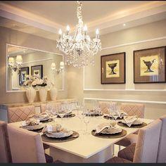 Um luxo... essa sala de jantar By @jakemunero #arquiteta #archlovers #arquitetura #ambientes #decorar #arquiteturadeinteriores #homedecor #homestyle #home #homedesign #style #interiores #instahome #saladejantar #decore #lustredecristal #decor #instadecor #instadesign #design #interiordesign #luxury #decoreseuestilo #desingdecor #details #decorazione #detalhes #decordesign #decoration #casaluxo