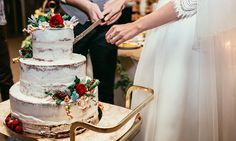 You Won't Believe How Wedding Cakes Have Changed Over the Years