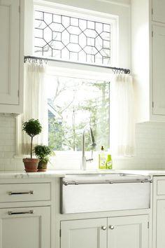 guia-para-elegir-las-cortinas-de-tu-cocina-01-e1489124421564.jpg 600×900 píxels