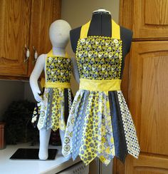 Mommy and Me Apron - PDF Downloadable Sewing Pattern. $8.99, via Etsy.