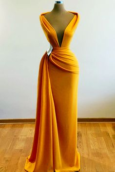 Stunning Dresses, Beautiful Gowns, Pretty Dresses, Prom Outfits, Mode Outfits, Fashion Outfits, Glam Dresses, Event Dresses, Latest African Fashion Dresses