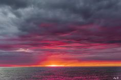 Sunset in the North Sea - Golden hour on the North Sea at sunset