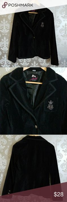 Jack by BB Dakota Velvet Blazer Gorgeous black velvet academy blazer from Jack by BB Dakota.  Two buttons in the front and buttons on the sleeves.  In great condition! Size Medium Jack by BB Dakota Jackets & Coats Blazers