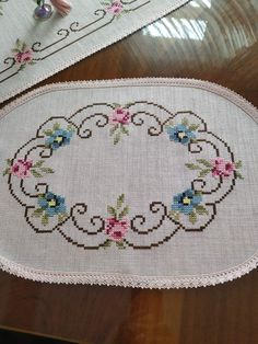 1 million+ Stunning Free Images to Use Anywhere Cross Stitch Heart, Beaded Cross Stitch, Cross Stitch Borders, Cross Stitch Alphabet, Cross Stitch Flowers, Cross Stitch Embroidery, Cross Stitch Patterns, Crochet Bedspread, Crochet Tablecloth