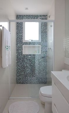 Small Narrow Bathroom Designs - Home Decoration Styling Small Narrow Bathroom, Modern Small Bathrooms, Modern Bathroom Design, Bathroom Interior Design, Bathroom Designs, Bathroom Ideas, Bathroom Renovations, Bathrooms Decor, Bathroom Colors