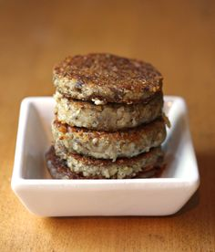If you've never tasted Goetta, you must try it next time you eat breakfast. It's a type of sausage that comes from Cincinnati and it will change your life :) Gliers Goetta Recipe, Homemade Goetta Recipe, Scrapple Recipe, Cincinnati Food, Great Recipes, Favorite Recipes, Breakfast Recipes, Breakfast Ideas, Eat Breakfast
