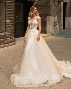 Sensuella #wedding dress by Viero #Milla Nova #Milla Nova2018 #MillaNova2017 #weddingdress #dress #hautecouture #couture #gown #love #ido #bride #bridal #bridetobe #luck #love #style #fashion #bride #bridetobe #Chicagowedding #weddingideas